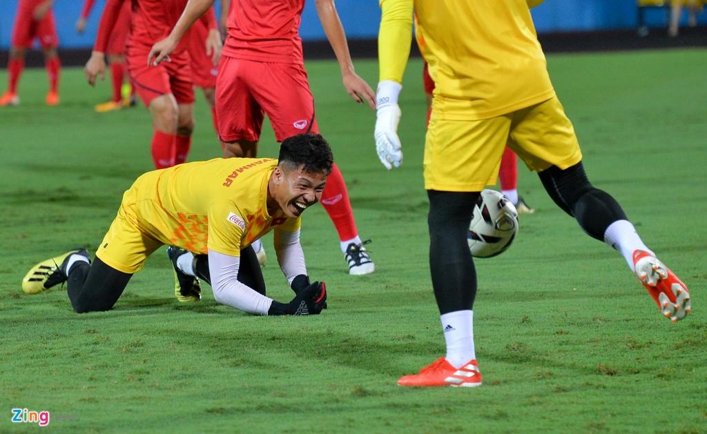 U23 Viet Nam thu san Phu Tho truoc tran giao huu voi Myanmar hinh anh 2
