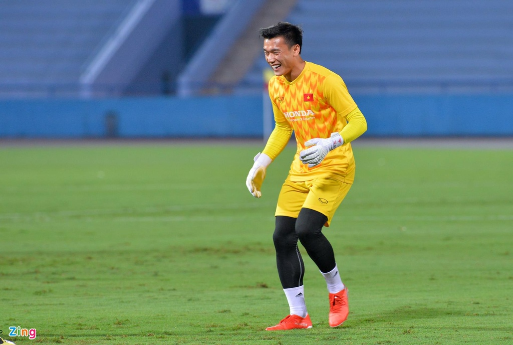 U23 Viet Nam thu san Phu Tho truoc tran giao huu voi Myanmar hinh anh 3