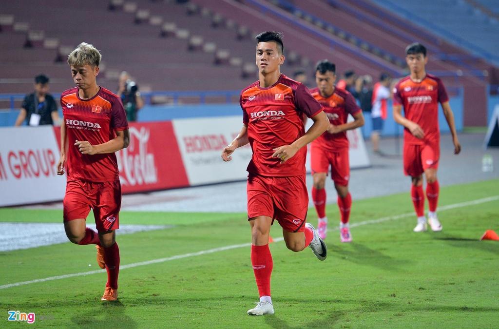 U23 Viet Nam thu san Phu Tho truoc tran giao huu voi Myanmar hinh anh 5