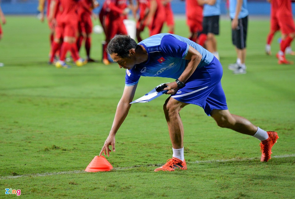 U23 Viet Nam thu san Phu Tho truoc tran giao huu voi Myanmar hinh anh 7