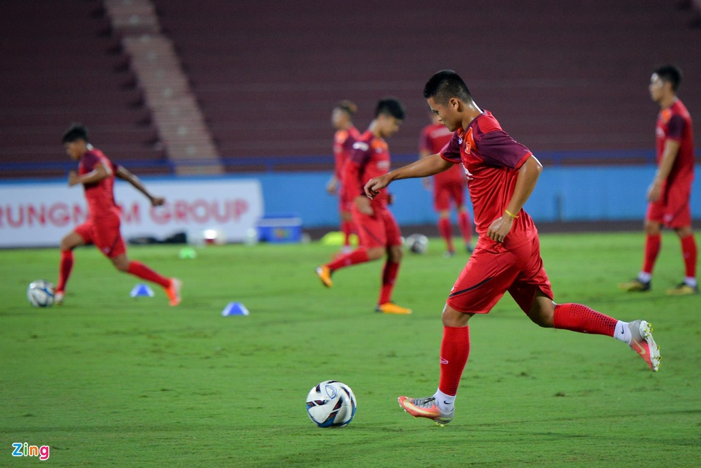 U23 Viet Nam thu san Phu Tho truoc tran giao huu voi Myanmar hinh anh 8