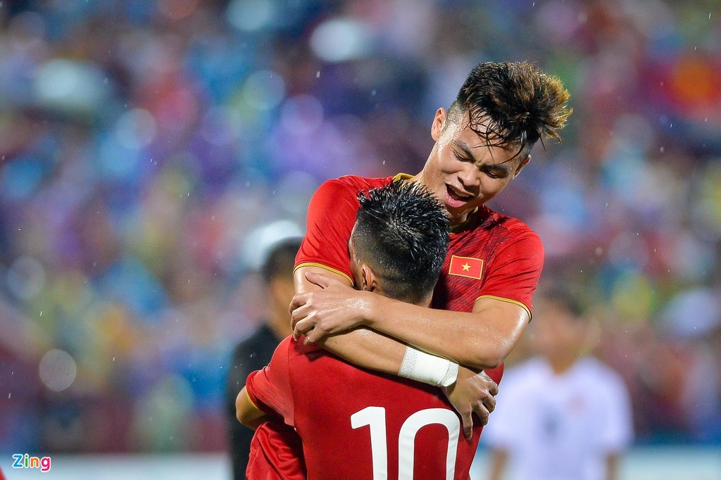 U23 Viet Nam gianh chien thang ngot ngao trong mua lon hinh anh 8