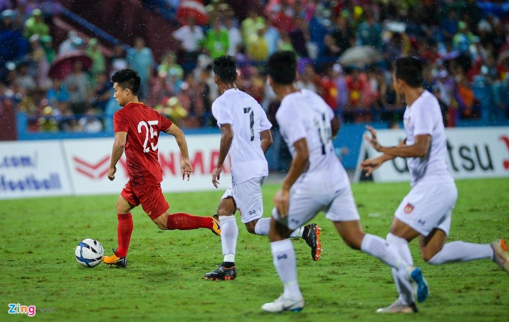 U23 Viet Nam gianh chien thang ngot ngao trong mua lon hinh anh 9