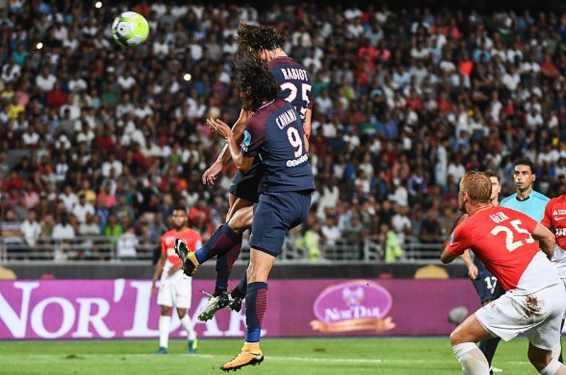 Dani Alves lap sieu pham sut phat dua PSG dang quang sieu cup Phap hinh anh 6