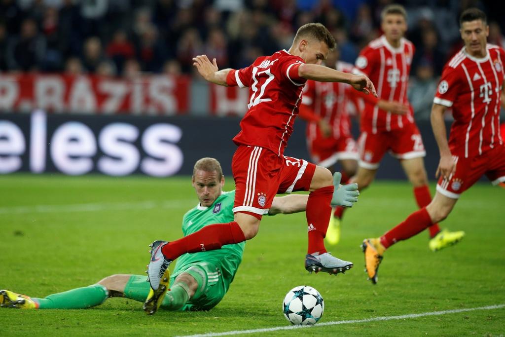 Lewandowski ghi ban, Bayern thang de Anderlecht tren san nha hinh anh 8