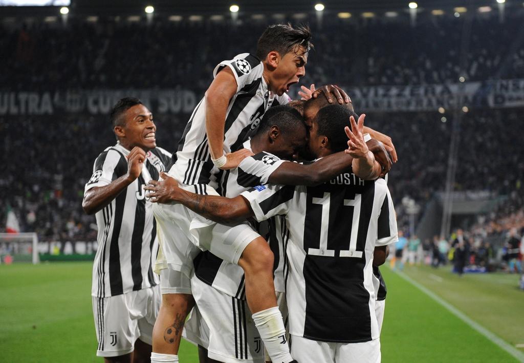 Higuain len tieng, Juventus tim lai niem vui chien thang o cup chau Au hinh anh 7