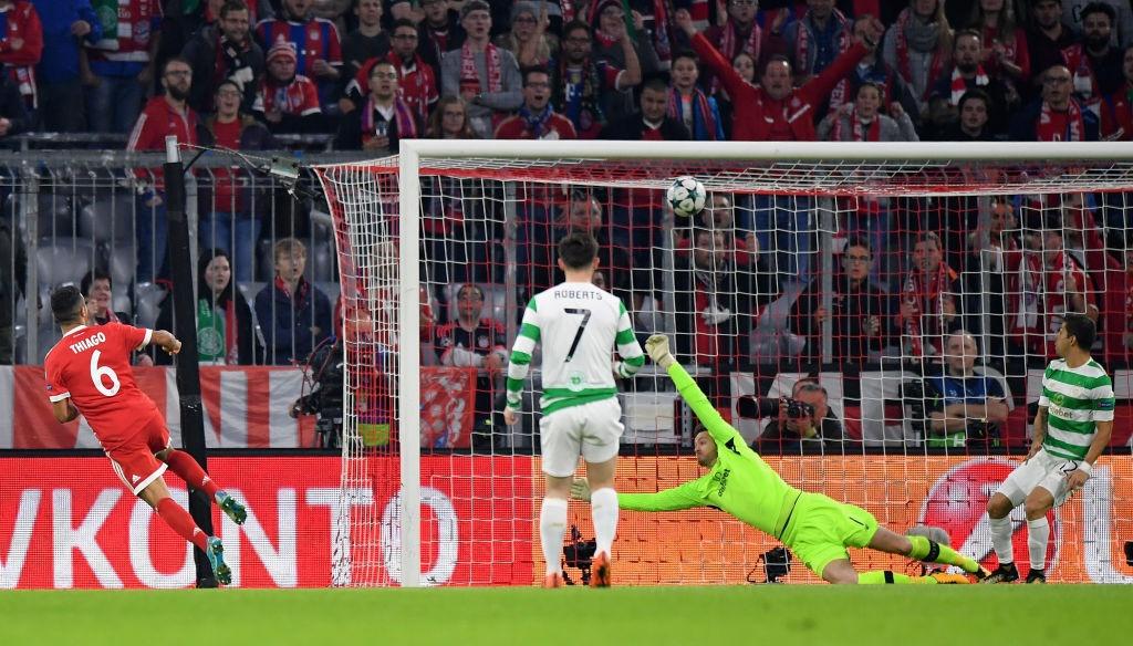 Bayern lai thang tung bung sau khi sa thai Carlo Ancelotti hinh anh 3