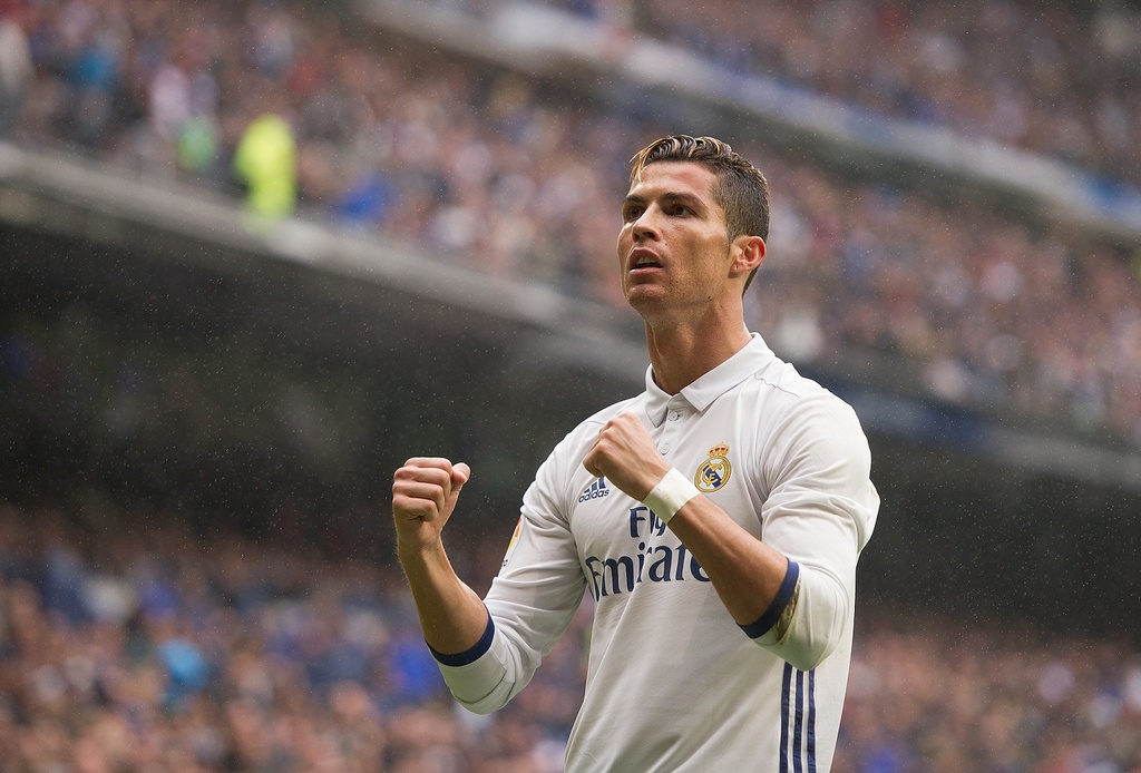 Ronaldo hay nhat 2017,  Messi dung thu tu anh 11