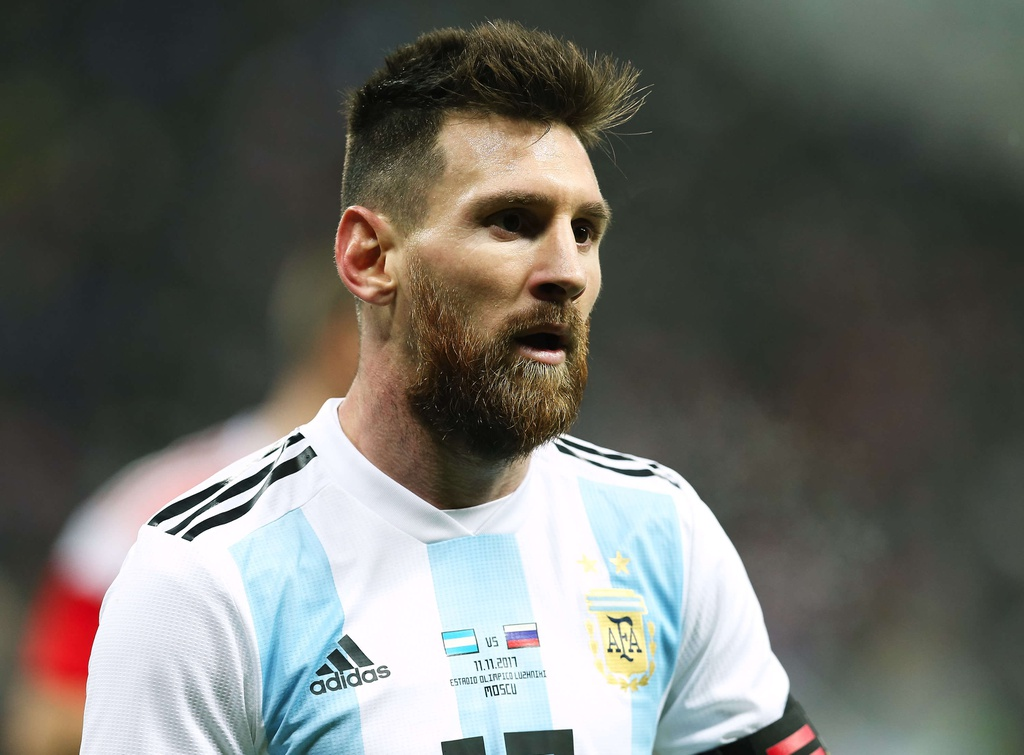 Ronaldo hay nhat 2017,  Messi dung thu tu anh 8