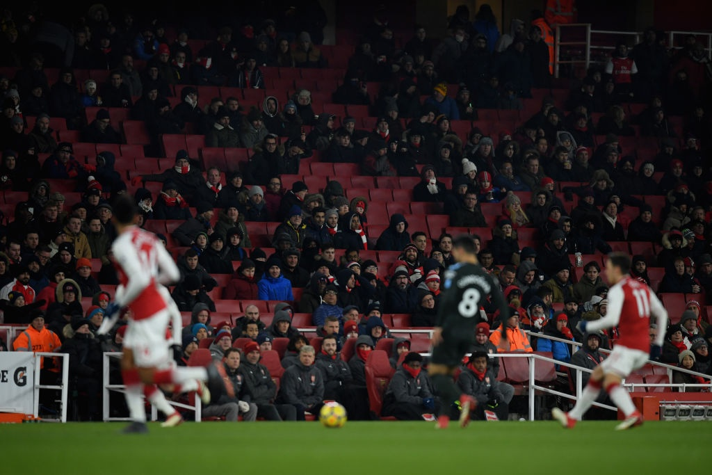 Man City ha nhuc Arsenal lan thu 2 trong chua day mot tuan hinh anh 1