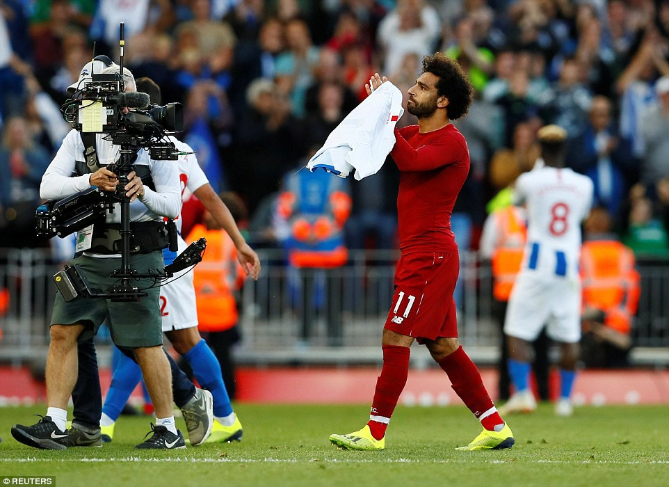 Salah toa sang dua Liverpool len vi tri dan dau Premier League hinh anh 10