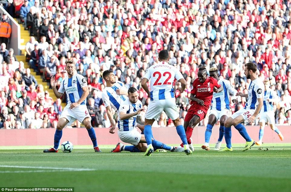 Salah toa sang dua Liverpool len vi tri dan dau Premier League hinh anh 7