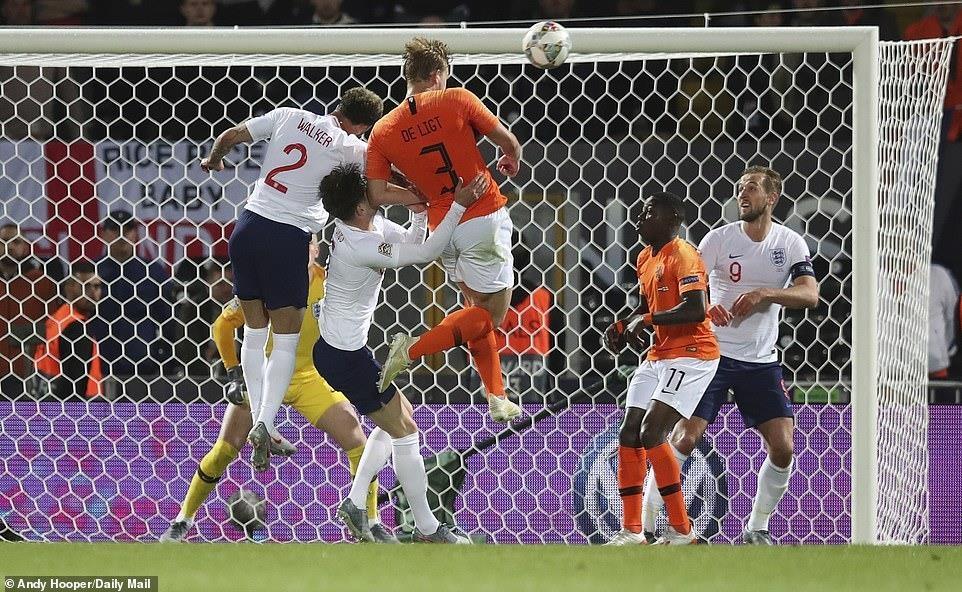 Danh bai tuyen Anh, Ha Lan hen Bo Dao Nha o chung ket Nations League hinh anh 9