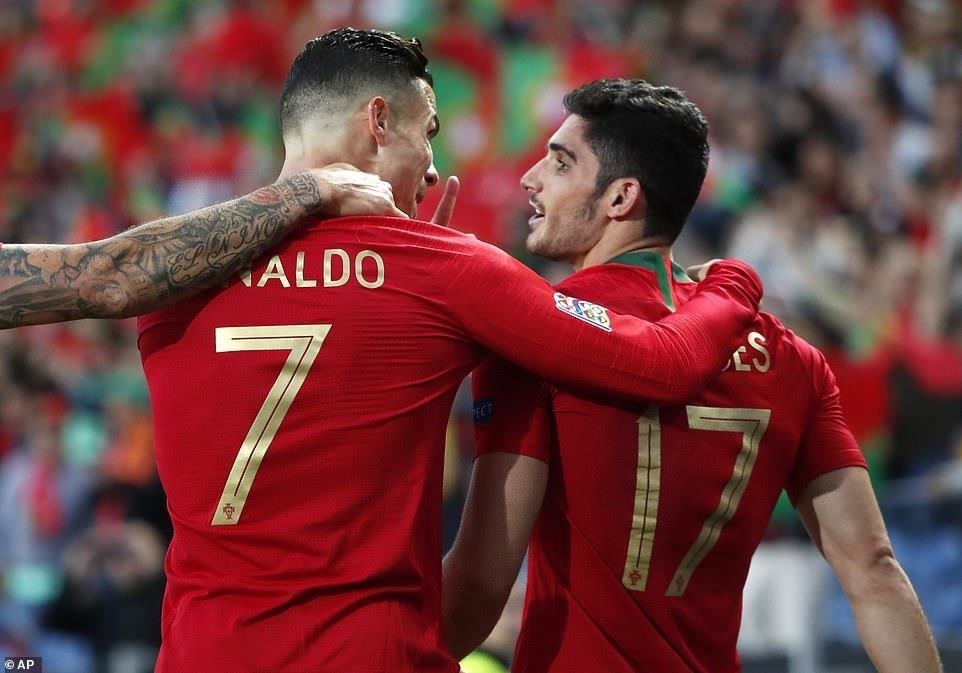Ronaldo vo dich Nations League anh 5