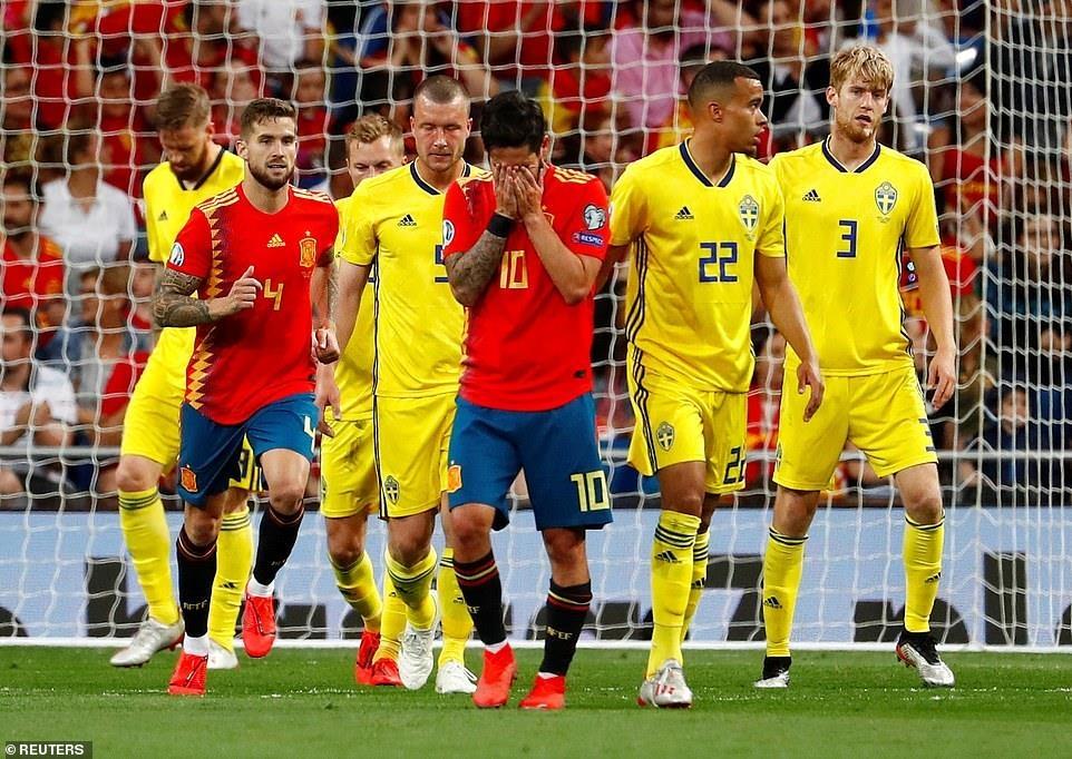Ramos lap cong giup tuyen Tay Ban Nha de bep Thuy Dien hinh anh 5