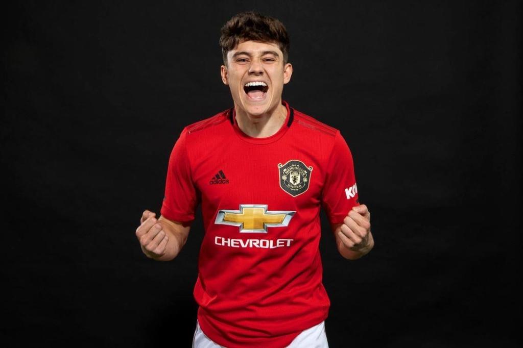 doi hinh trong mo cua Man Utd anh 11