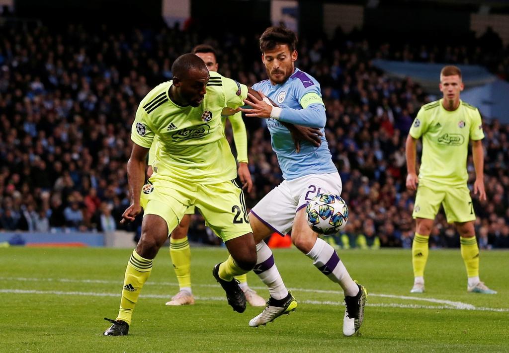 Man City lap ky luc trong ngay Pep Guardiola nhan the hinh anh 2