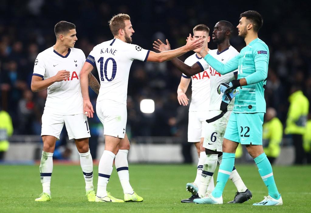 Son Heung-min lap cu dup giup Tottenham tao ky luc o cup chau Au hinh anh 10