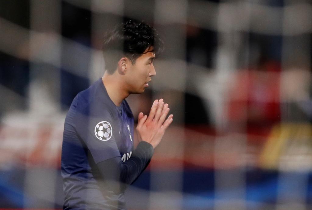 Son xin loi Gomes sau khi ghi ban o Champions League hinh anh 5