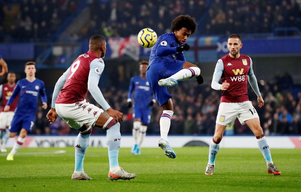 Bo doi sao tre toa sang giup Chelsea ha Aston Villa hinh anh 1