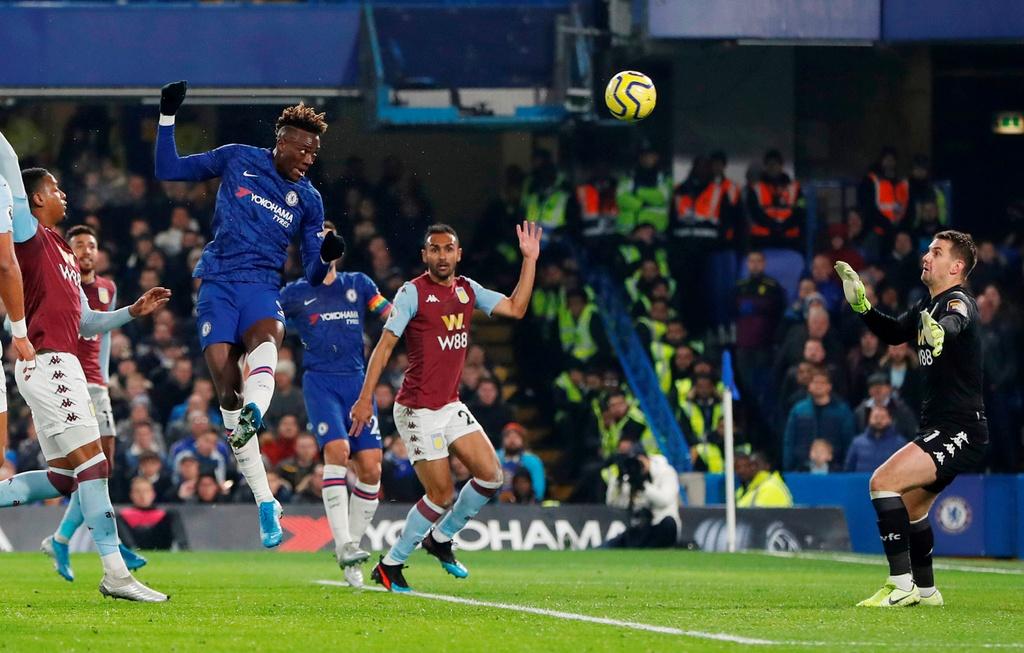 Bo doi sao tre toa sang giup Chelsea ha Aston Villa hinh anh 3