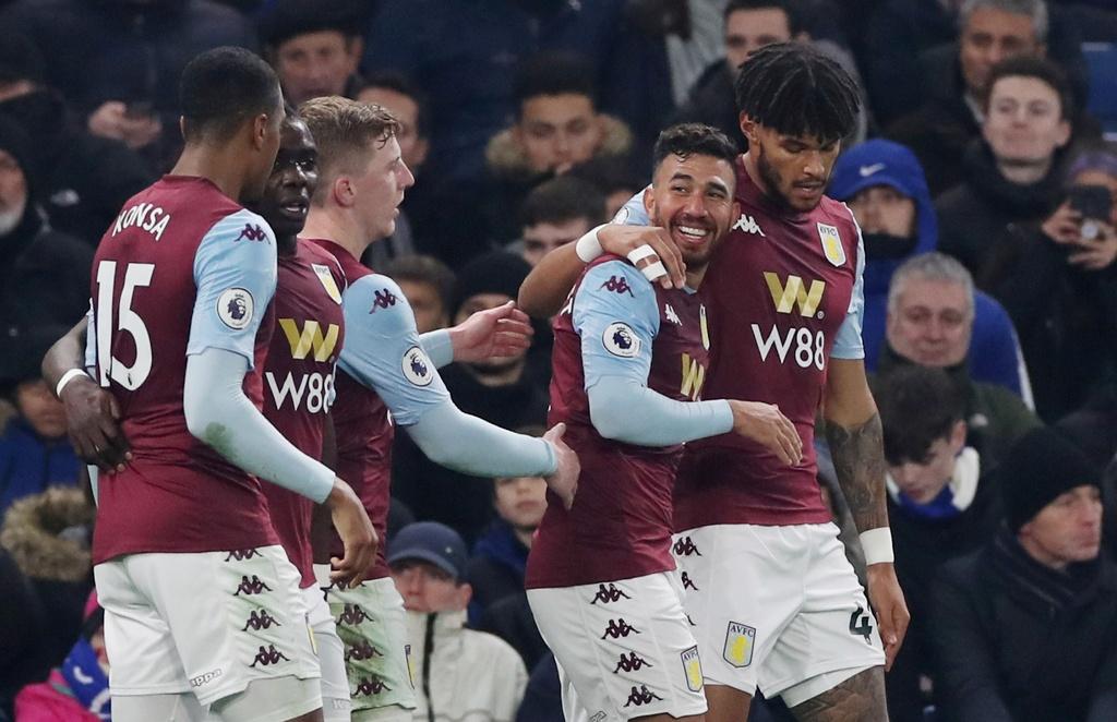 Bo doi sao tre toa sang giup Chelsea ha Aston Villa hinh anh 4