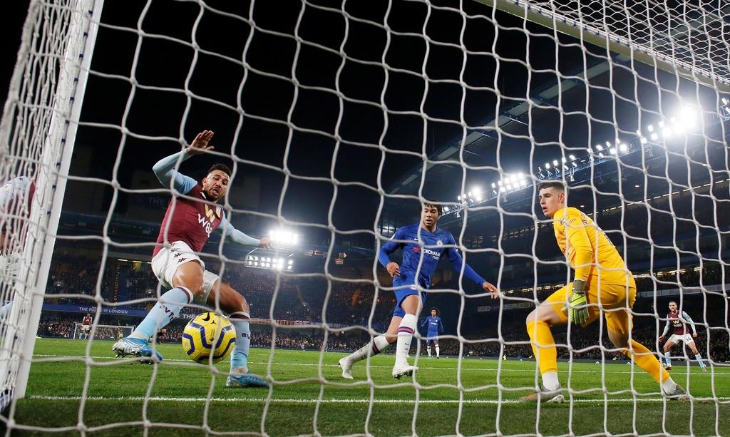 Bo doi sao tre toa sang giup Chelsea ha Aston Villa hinh anh 5