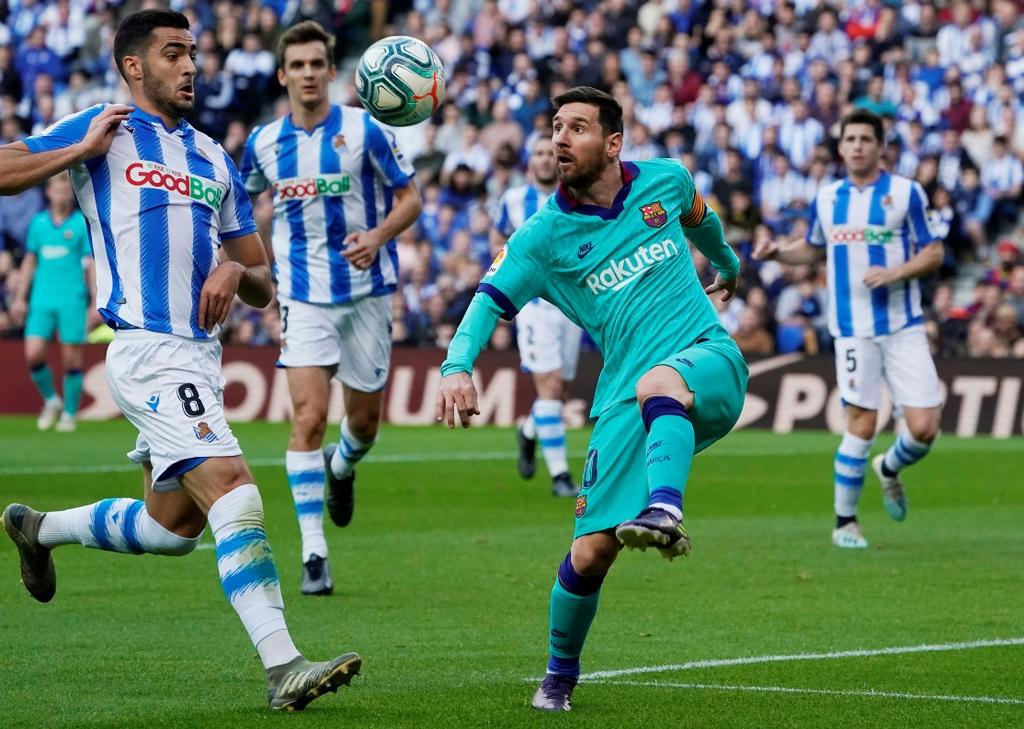 Messi kien tao trong tran Barca bi cam hoa 2-2 hinh anh 5 2019-12-14T153541Z_1856107394_RC23VD9S0LY4_RTRMADP_3_SOCCER-SPAIN-SOC-FCB-REPORT.JPG