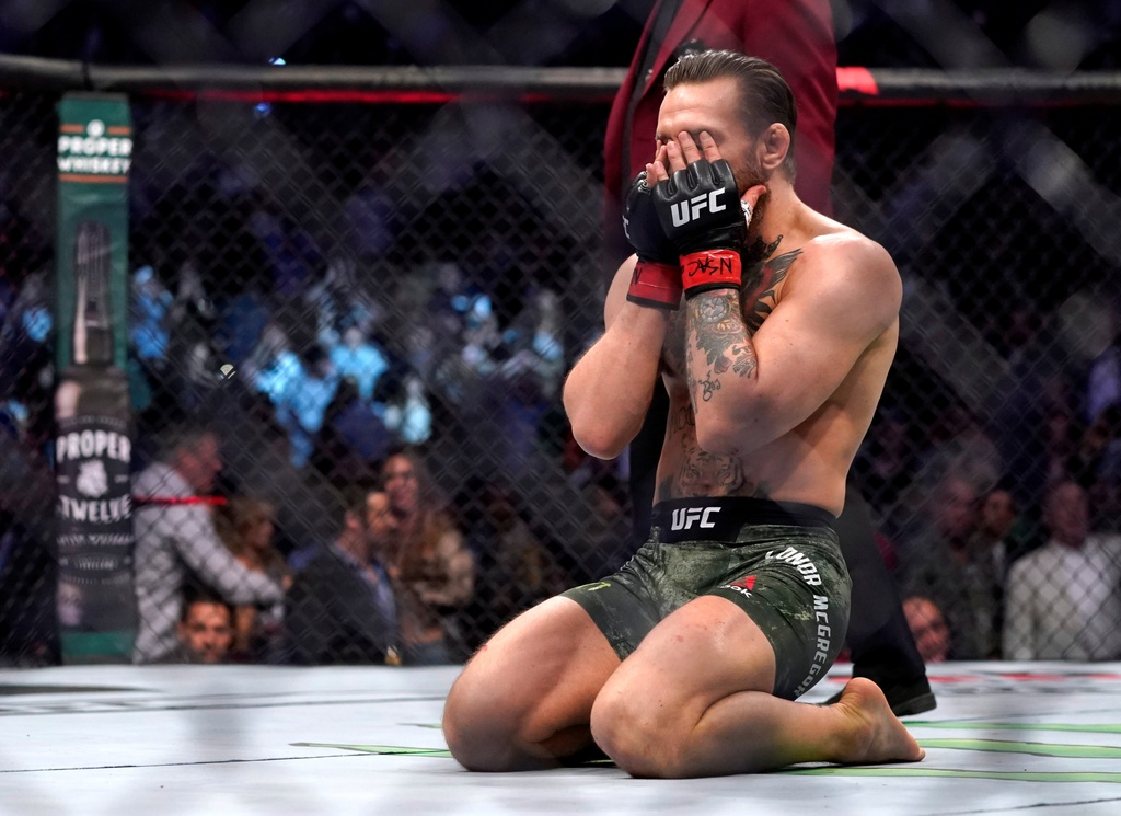 Conor McGregor khien doi thu bat ngo trong tran thang knock-out hinh anh 7 2020_01_19T054952Z_537972067_RC2TIE9DFO7Y_RTRMADP_3_MMA_UFC_UFC246.JPG