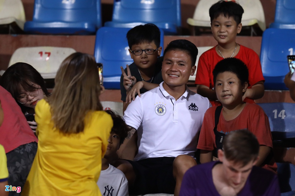 Quang Hai,  Huynh Anh co vu CLB Ha Noi anh 3