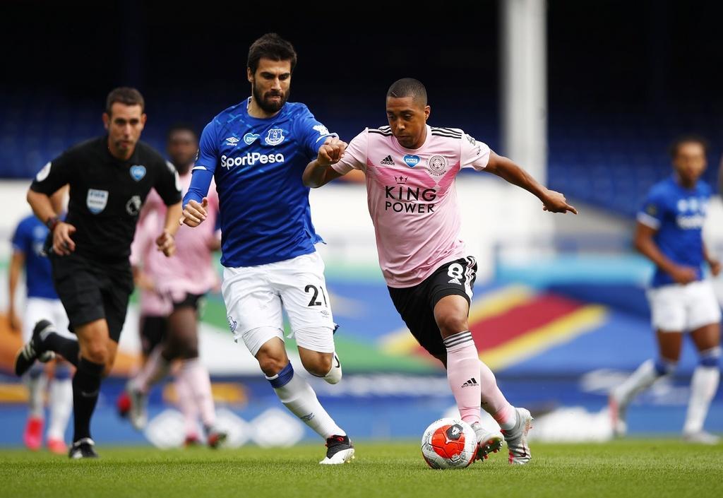 Everton dau Leicester City anh 2