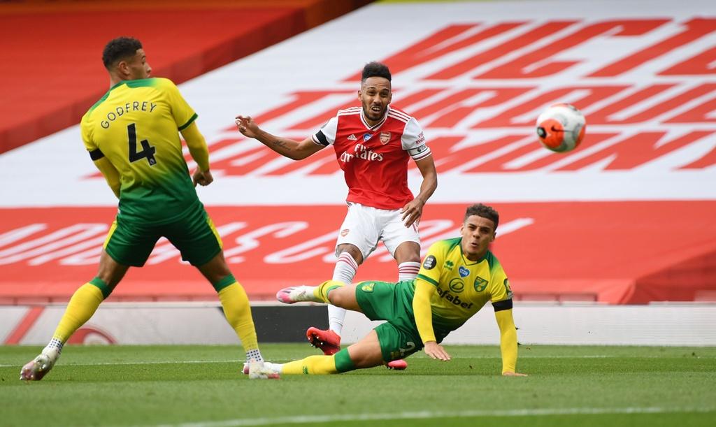Arsenal dau Norwich anh 2