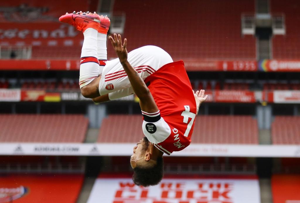 Arsenal dau Norwich anh 9