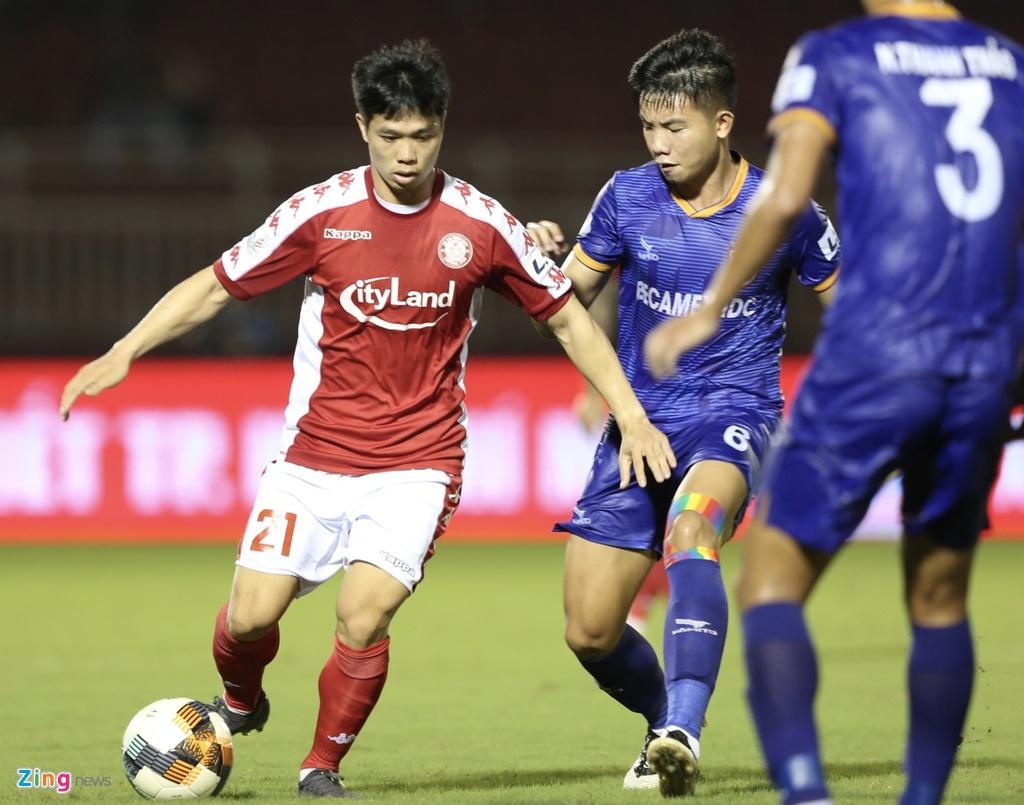 CLB TP.HCM vs Binh Duong anh 9