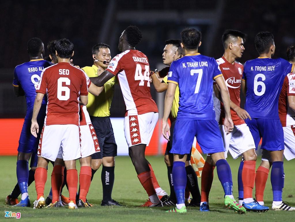 CLB TP.HCM vs Binh Duong anh 10