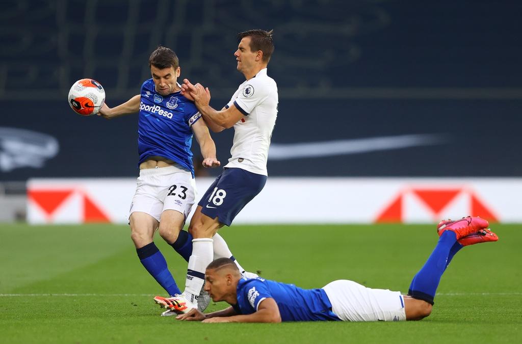 Tottenham dau Everton anh 2