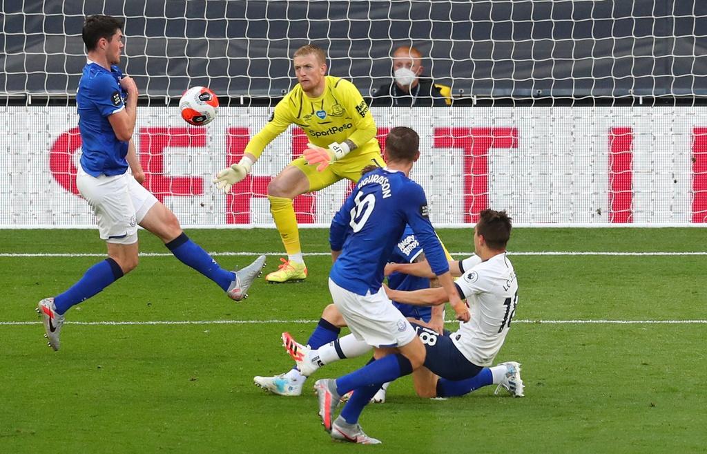 Tottenham dau Everton anh 4