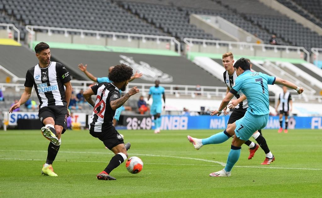 Tottenham dau Newcastle anh 3