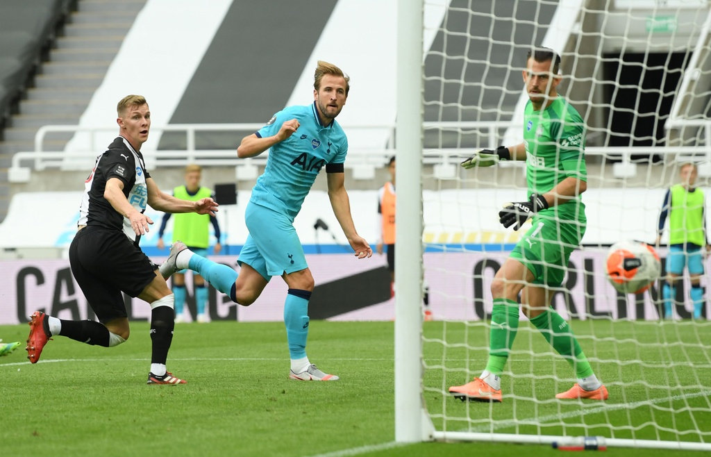 Tottenham dau Newcastle anh 9