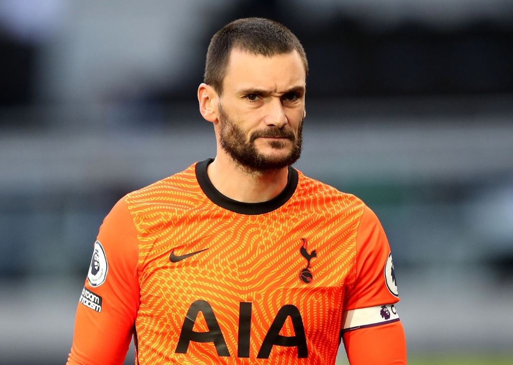 doi hinh Tottenham anh 2