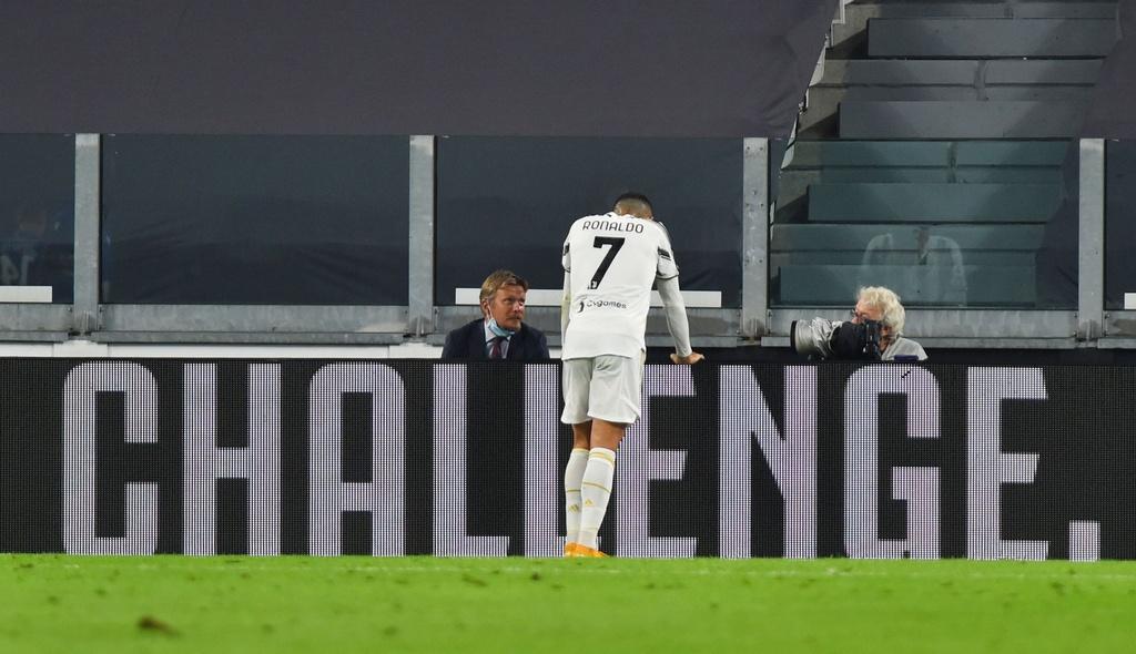 Ronaldo ghi ban trong tran ra quan cua Juventus anh 5