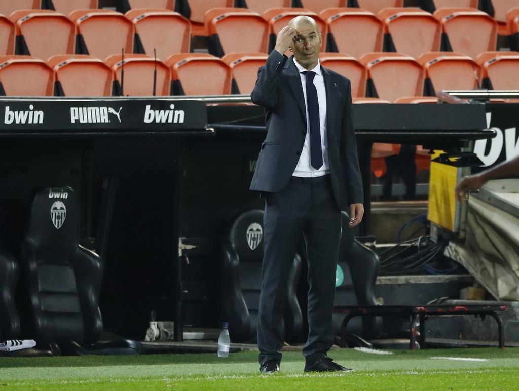 Real thua Valencia anh 8