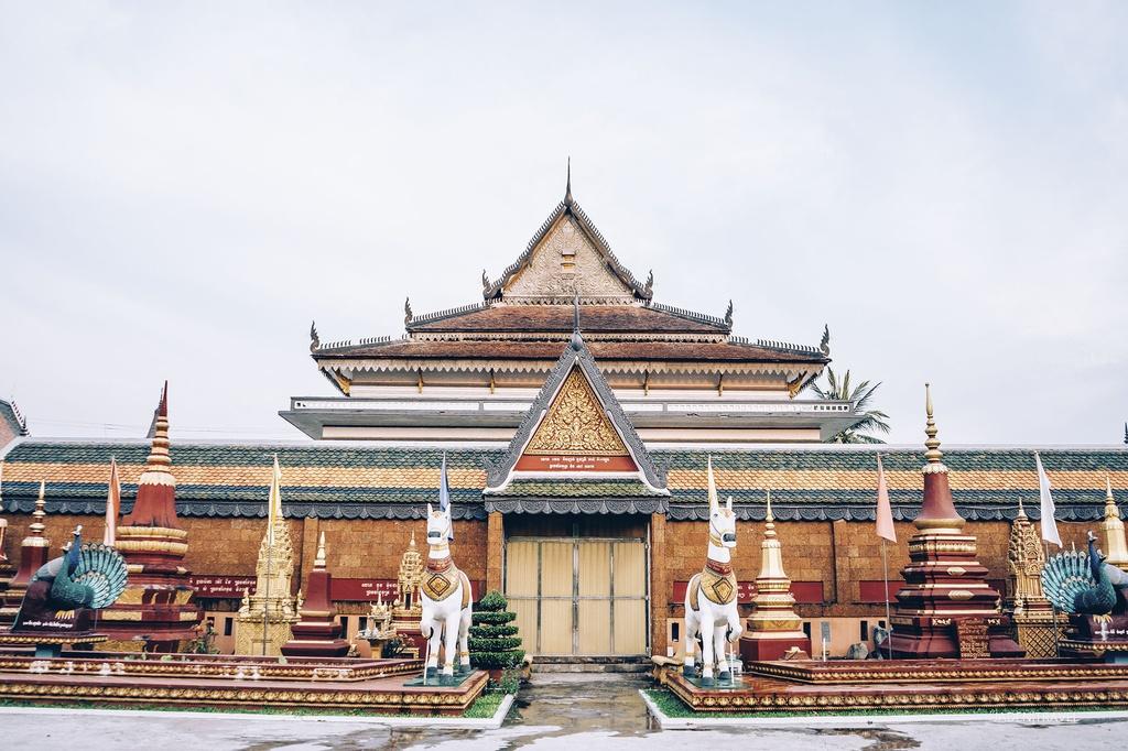 Campuchia huyen ao qua ong kinh cua chang trai 9X hinh anh 7