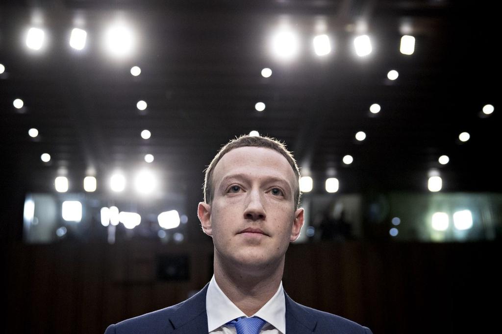 Facebook mat 120 ty USD von hoa: Vet nut tren co may kiem tien hinh anh 3