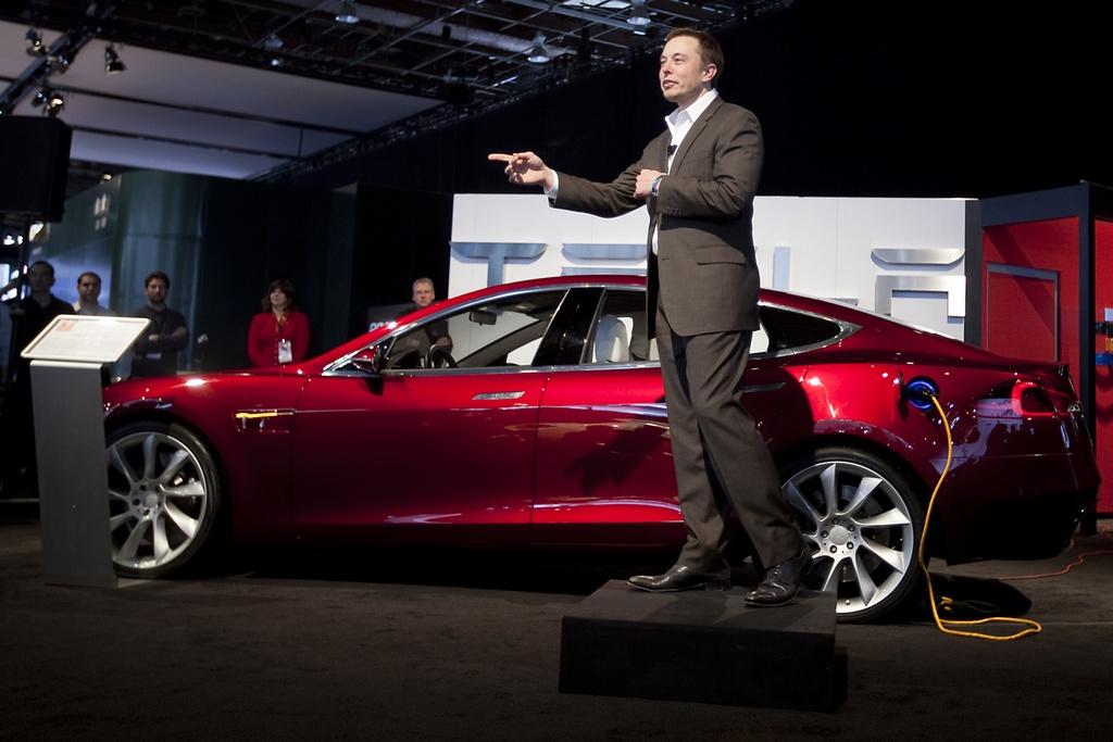 Tesla qua mat nhieu ong lon nganh oto anh 1