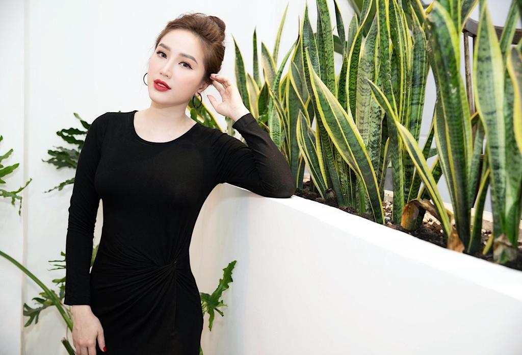 13 nam gia nhap showbiz, Bao Thy lan dau cong khai ban trai hinh anh 3