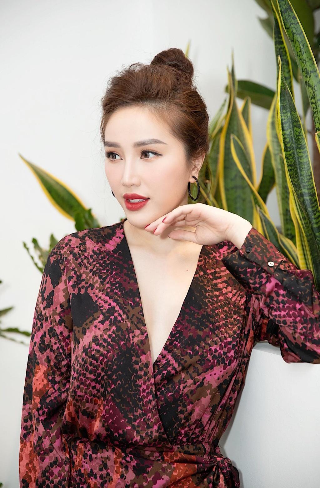 13 nam gia nhap showbiz, Bao Thy lan dau cong khai ban trai hinh anh 4
