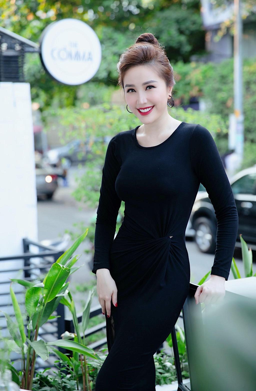 13 nam gia nhap showbiz, Bao Thy lan dau cong khai ban trai hinh anh 2