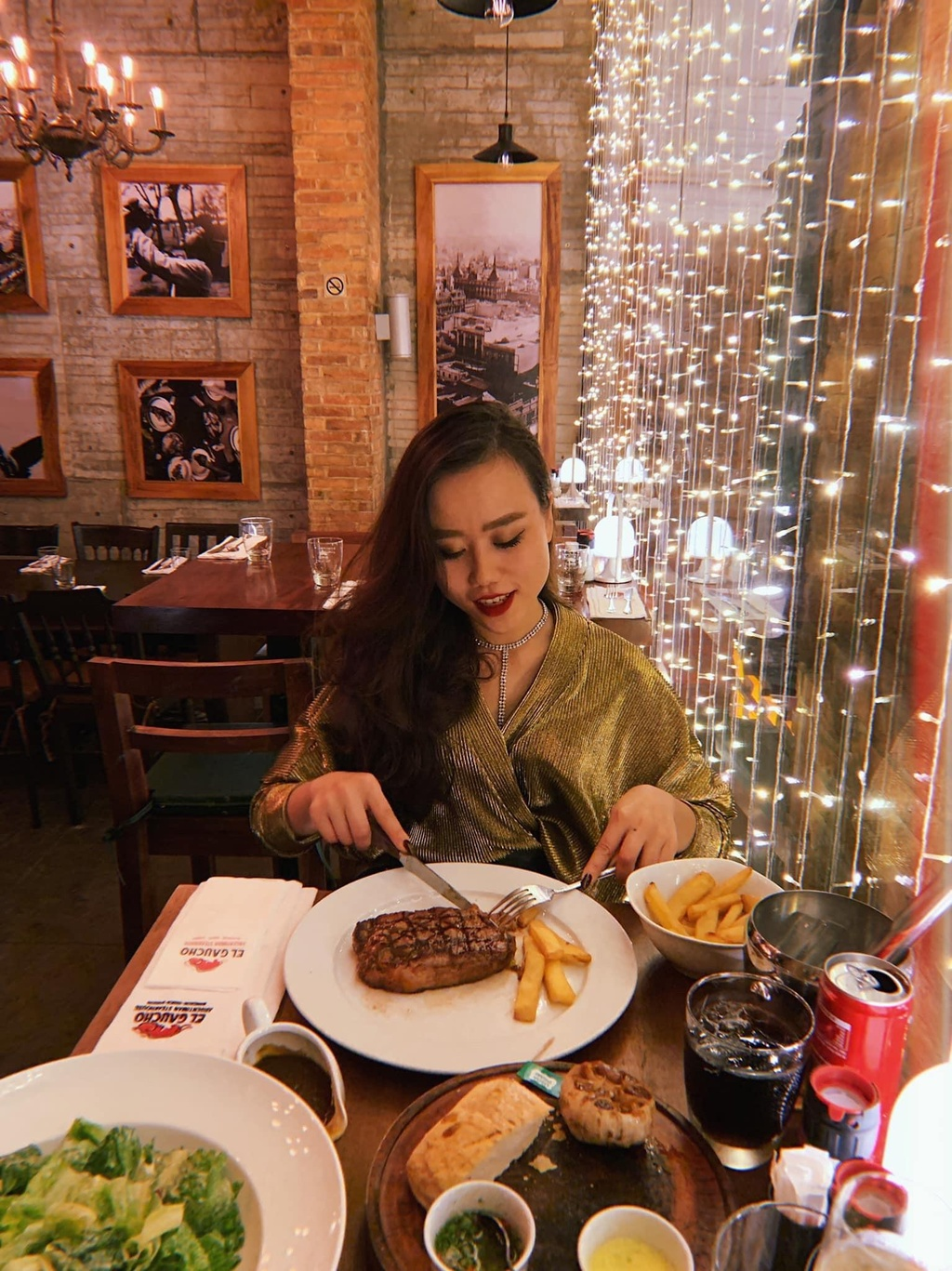 5 nhà hàng steak đắt xắt ra miếng nổi tiếng ở Hà Nội