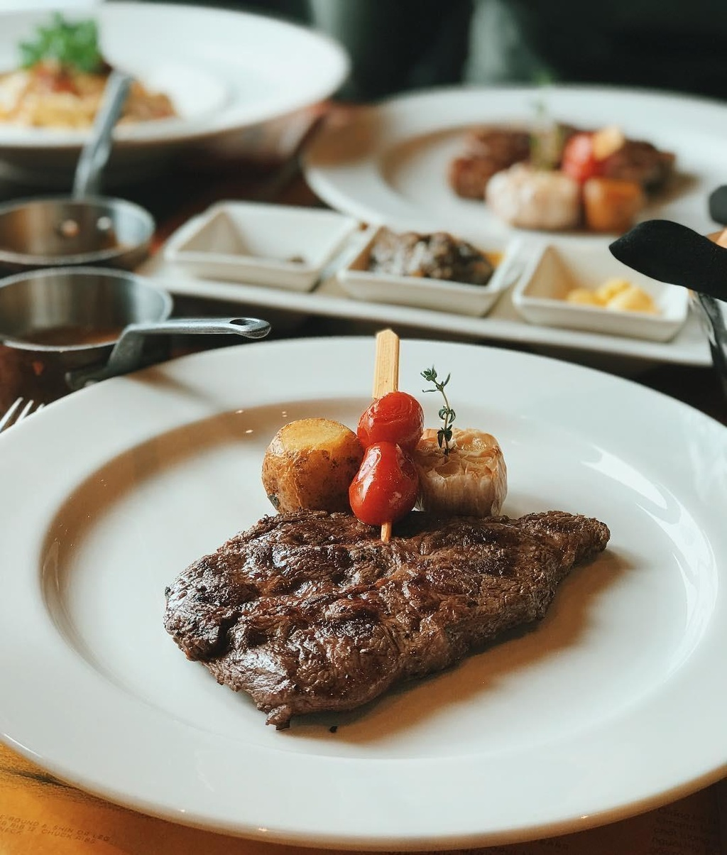 5 nha hang steak dat xat ra mieng noi tieng o Ha Noi hinh anh 23